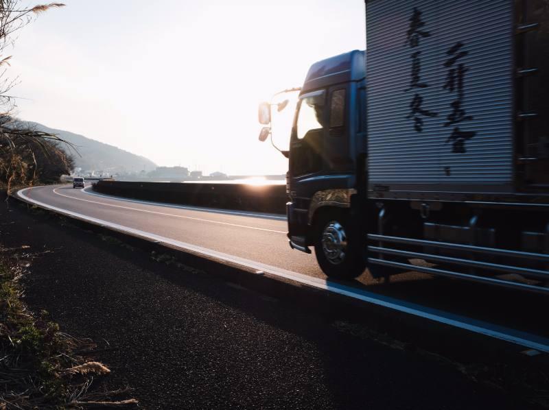 ciężarówka elektryczna