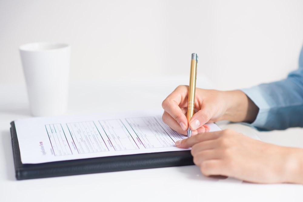 wypełnienie dokumentów do zwrotu odszkodowania z ubezpieczenia