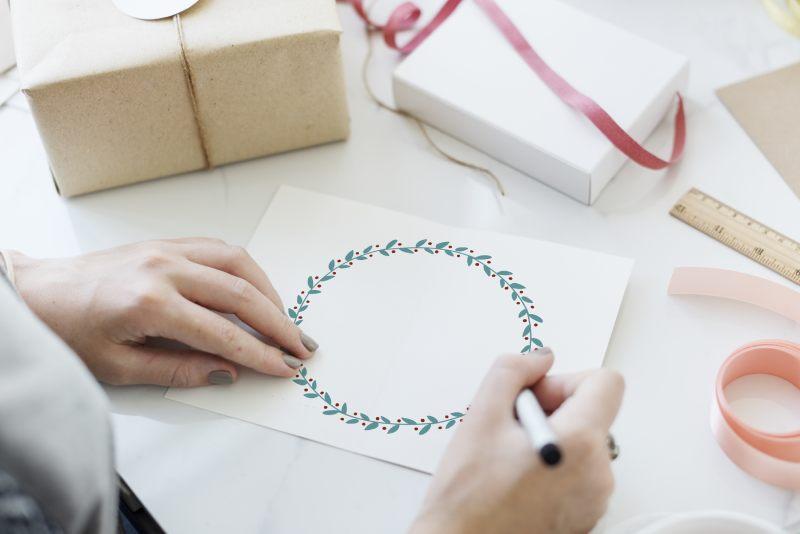 jak wysłać prezent kurierem