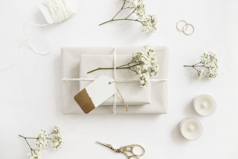wysyłka prezentu kurierem