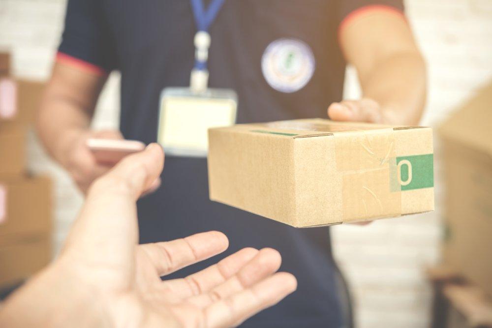 wysyłki paczek do uk