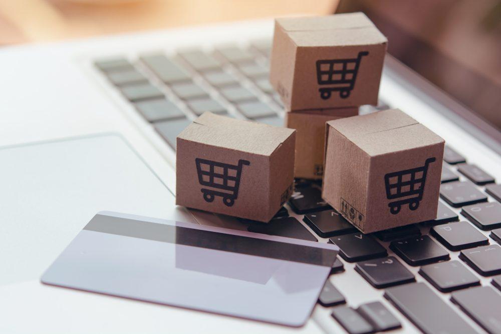 zwrot towaru zakupionych przez internet